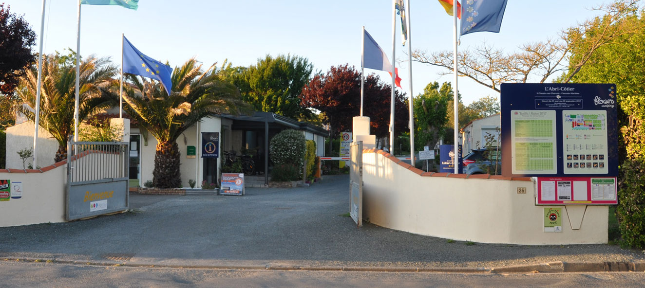 Captivating Camping In France, Near La Rochelle, In Charente Maritime   3 Star Campsite  Near The Ocean   Camping*** Lu0027Abri Côtier